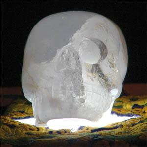 """Histoire de """"Max"""" le Crâne de Cristal"""