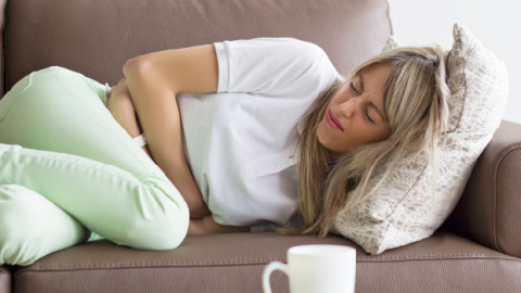 Voici la raison et ce que vous devez faire pour soulager la constipation et les ballonnements