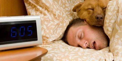 Quel est le temps de sommeil idéal ? Un médecin du sommeil répond