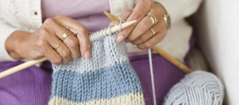 Découvrez les grands bienfaits de la tricot-thérapie pour la santé