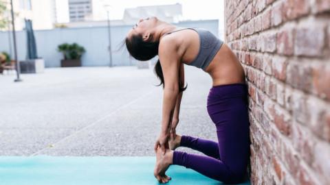 10 positions de yoga pour une séance rapide de 15 minutes