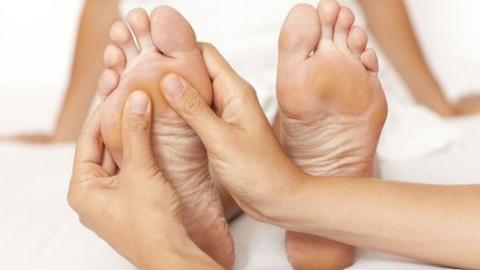 Testez la réflexologie plantaire pour mieux dormir