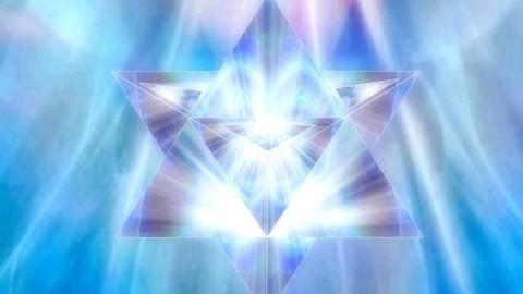 Les Rayons sacrés de l'énergie Cristal