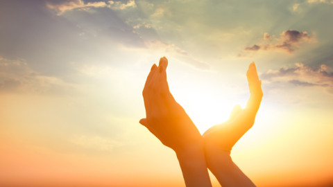 Selon une nouvelle recherche, le manque de soleil serait aussi dangereux que fumer