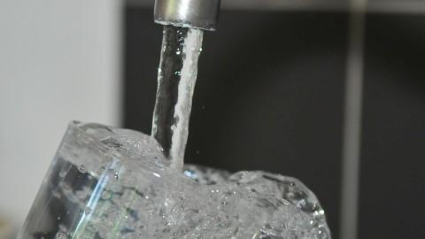 Voici la quantité d'eau dont votre corps a besoin pour perdre du poids
