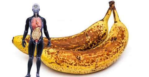 Voici ce qui arrive lorsque vous mangez 2 bananes avec des tâches brunes par jour pendant un mois