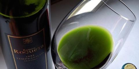 Présentation du vin au cannabis–vous pouvez désormais planer et vous enivrer en même temps