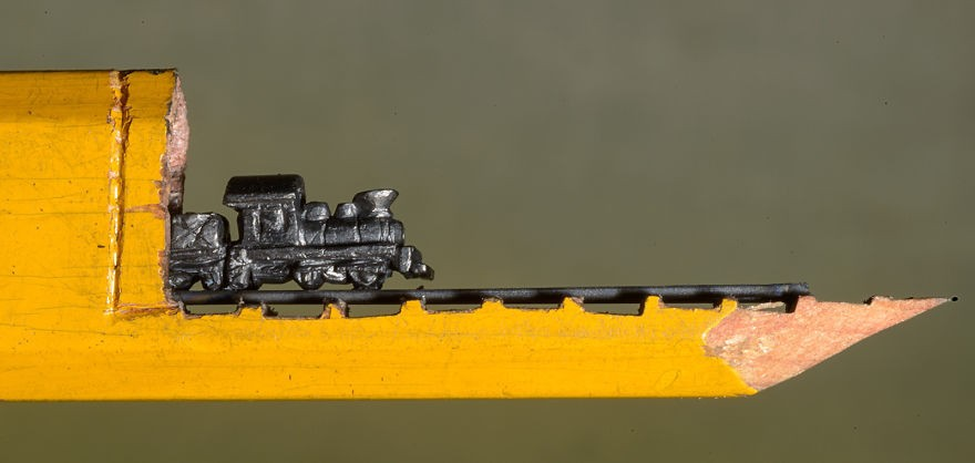 train-miniature.jpg