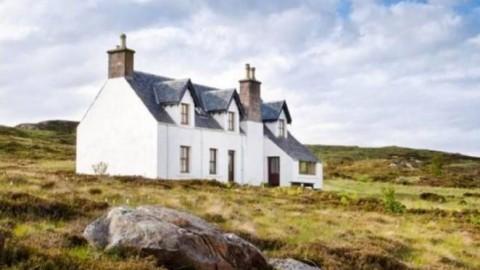 Une île écossaise autosuffisante avec internet haut-débit et un bureau de poste en vente