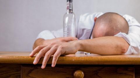 Selon certaines études, l'alcool pourrait changer notre cerveau
