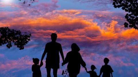 Hyper-parentalité : un nouveau style d'éducation qui détruit des enfances