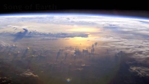Sons de l'Univers enregistrés par la NASA: écoutez-les, c'est effrayant