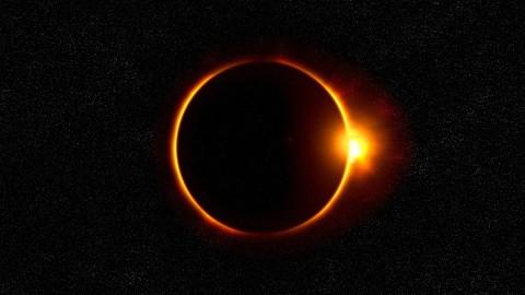 Éclipse solaire du 21 Août 2017: La Reine Vierge