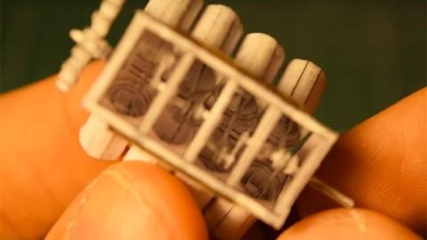 Cet ingénieur construit un moteur V8 miniature fonctionnel en utilisant uniquement du papier