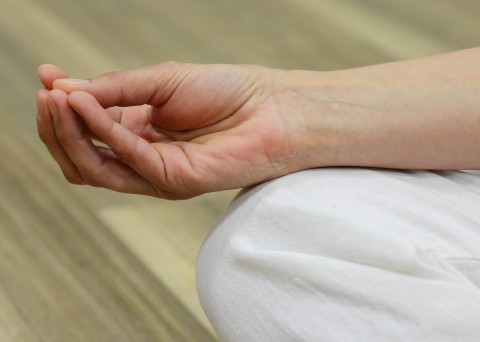 Les mudras, ces signes de la main au service de notre bien-être