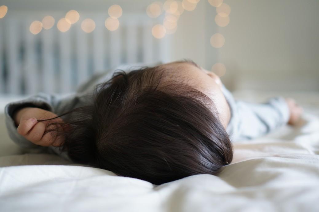 enfants-au-lit-tôt.jpg