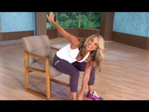 6 exercices pour le ventre à faire au bureau sur une chaise