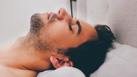 Une étude révèle: Votre corps sait quand la mort approche, et tout commence dans le nez