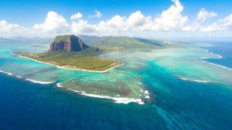 Cette «chute d'eau sous-marine» est absolument magnifique!