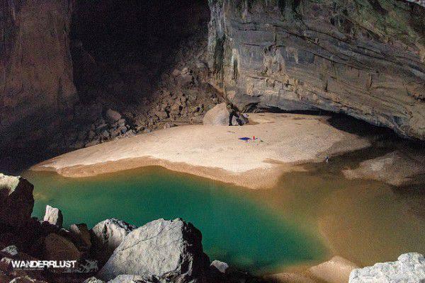 Un agriculteur a trouvé une grotte splendide