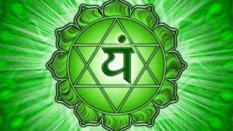Le soin de guérison du Corps Atmique/Corps Divin en lien avec le chakra couronne et le chakra du coeur