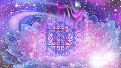 Programme de soins de reconnexions cristallines multidimensionnelles