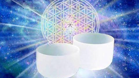 Soin vibratoire de libération du stress avec les bols de Cristal